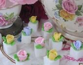 Royal Icing Pastel Rosette sugar cubes #1