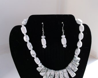 Howlite Bib Necklace and Earrings