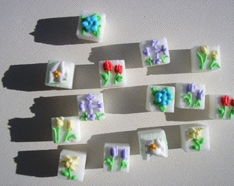 28 Pcs Decorated Sugar Cubes Spring Collection     Simply Darling