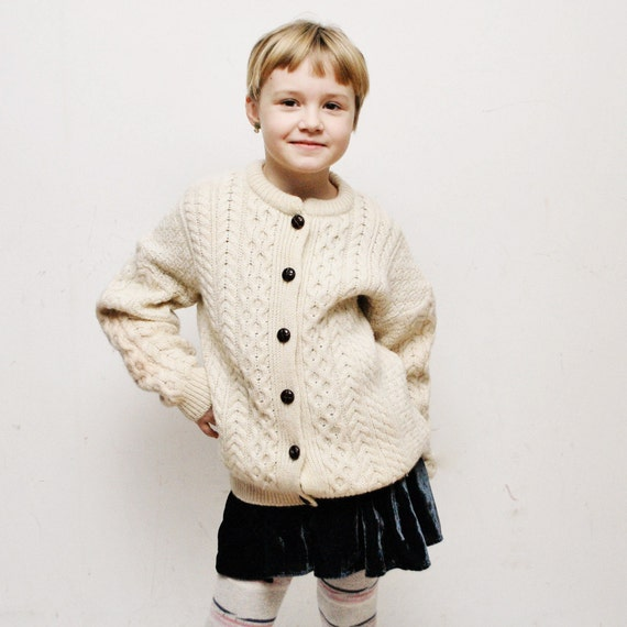 Vintage 70s wool cable knit KIDS cardigan/ children's cardigan/ winter cardigan - 10-12 years