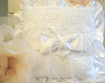 Ring Bearer Pillow, Bridal Pillow, Wedding Supply, Lace Pillow, White Pillow, Wedding Pillow, (P-29)