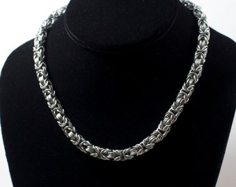 Round/Square Byzantine Necklace - Stainless Steel