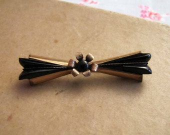 Free Shipping/Vintage Brooch