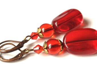 earrings Kiss red earrings with bronze-colored elements