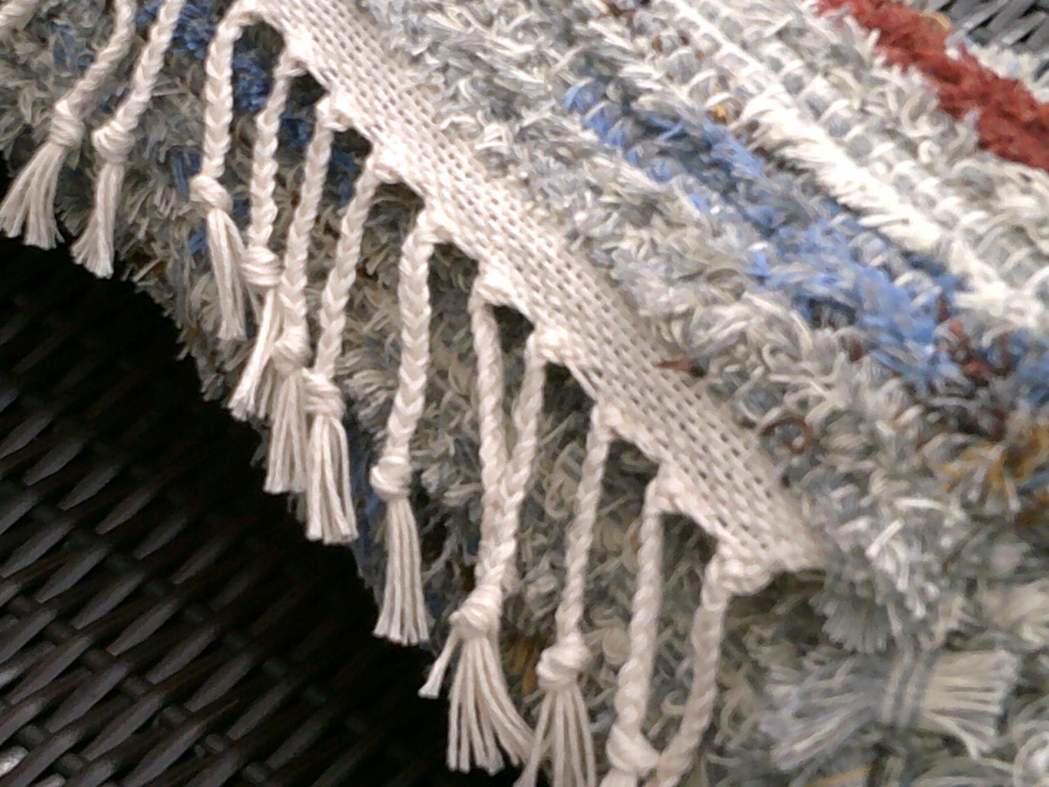 Hand Woven Chenille Wool Selvage Rug