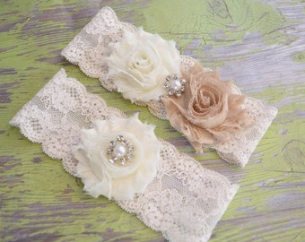 NEW wedding garter / ivory wedding garter set / lace garters / vintage wedding garter / rustic wedding garter / toss garter  keepsake garter