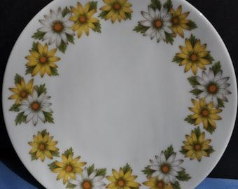 "Beautiful Noritake Marguerite Pattern ""Cookin Serve""  Plate"