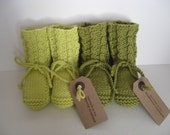 Hand knit baby booties. Lime or moss merino wool. - TheBlueberryElephant