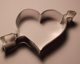"4 7/8"" Heart with arrow Cookie Cutter"