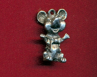 Lot of 6 lead free pewter mouse charms SKU 1024