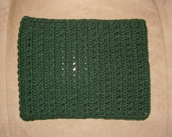 Crochet iPad / tablet case/sleeve - dark green