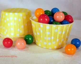 30 Yellow Polka Dot Cupcake Muffin Candy Nut Cups -  Birthday Parties Showers Weddings 30 ct
