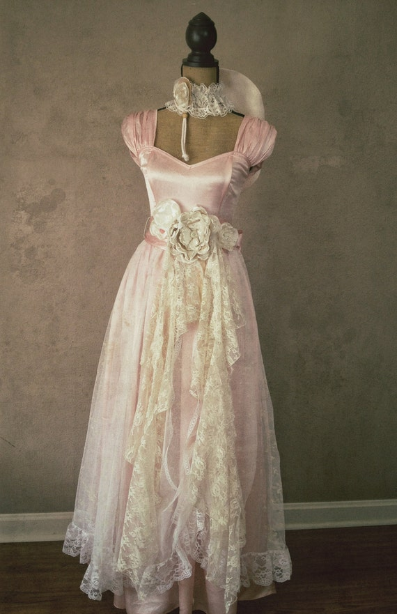 Pink vintage gunne sax dress rustic wedding dress pink for Rustic vintage wedding dresses