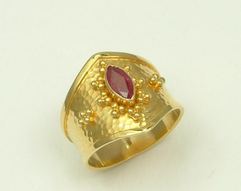 Gold 18k Byzantine Ring with Ruby