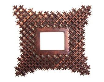 beautiful handmade tramp art crown of thorns picture frame wdecorative corners