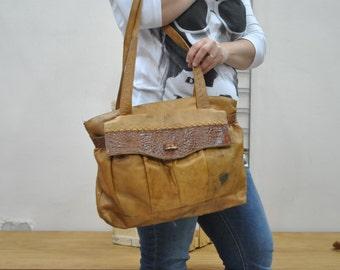 Vintage Leather bag ....(276)