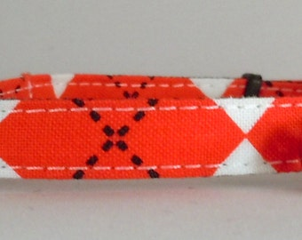 Cat Collar or Kitten Collar - Red and White Argyle