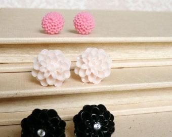 Stud Earrings, Pink, ivory, and black resin flower stud earrings No. E54