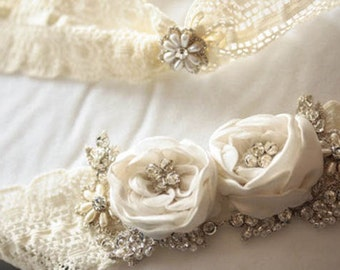 Floral Bridal Garter Set   - Paniz (Made to order)