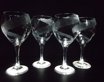 Wine glasses etched with geometric spiral. Set of 4. Red wine glasses, wedding gift, custom.