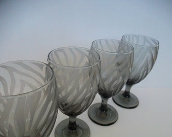 Black drinking glasses etched with zebra print.  Set of 4.  Bridesmaid gift, iced tea glasses.