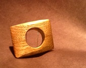 "square ""shield"" wood ring"