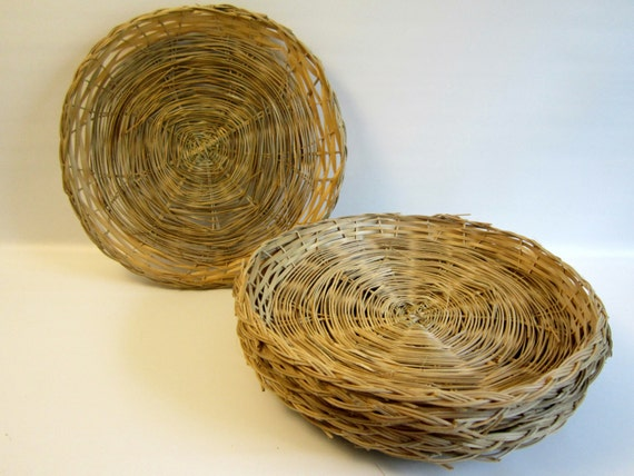 6 vintage bamboo wicker paper plate holders party supplies. Black Bedroom Furniture Sets. Home Design Ideas
