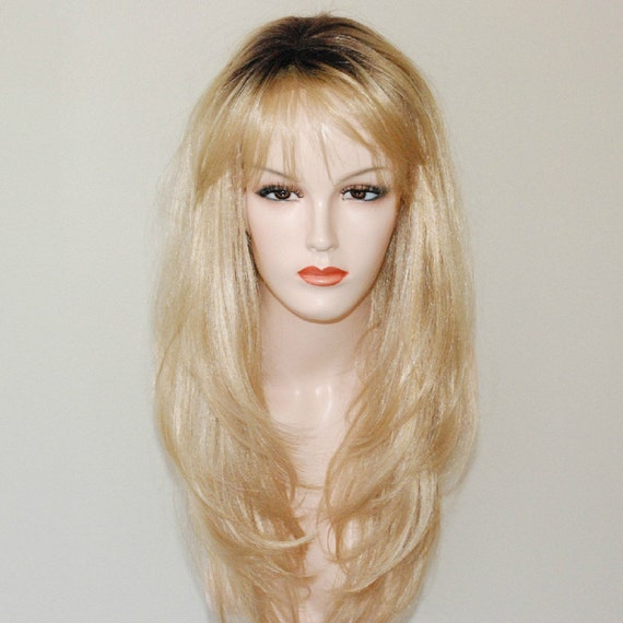 long layered blonde wig/ dark brown root