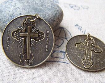 Round Cross Pendants Antique Bronze Filigree Cut Out Cross  Charms 27.5mm Set of 10 pcs A551