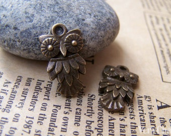 20 pcs of Antique Bronze Lovely Owl Charms 11.5x20mm A147