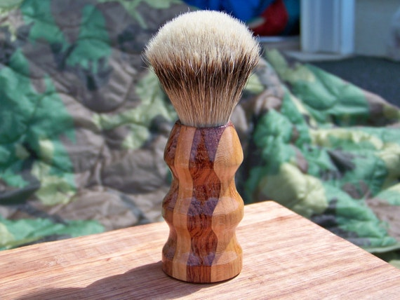Mixed wood shaving brush - Silvertip Badger
