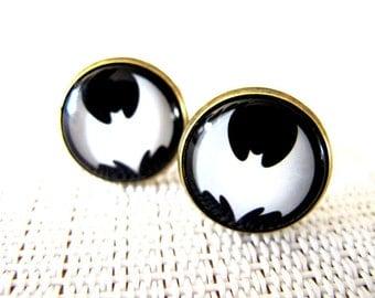 Batman Cuff Links - Cute Men Cufflinks Gift for Dad , Groom , Groomsmen - Gold , Silver , Brass, Nickel , 4 Color Choose