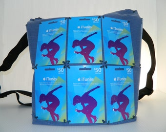 iTunes blue card Backpack