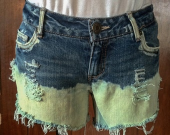 Distressed cut off shorts, Bleached Shorts  Aeropostale distressed shorts Size 3/4