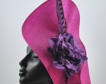 MEIGA 3: straw color Fuchsia, pheasant feather and organza and tulle flower-based
