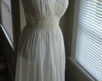 Vintage 1950's slip  Yellow / Cream / White Wedding Dress