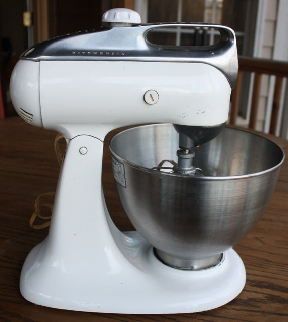 1960 Vintage White Kitchen Aid Stand Mixer With Beater By