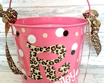 custom 10 QUART bucket with patterned initial, name and polka dots