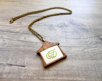 Pendant - Wooden - Hand Embroidered - Personalized