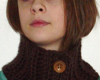 Crochet Button Neckwarmer