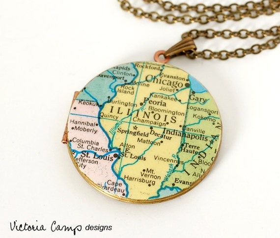 Illinois Map Necklace, Chicago, Large Vintage Locket, Vintage Map, Brass, Ready to Ship