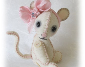 """PDF e Pattern to Make 5"""" Wool Felt Mouse """"LaLa"""" by Booh Bears - Perfect Companion for Blythe or Jun Planning Dal"""