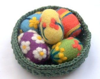 Easter felted eggs or balls 5 wool handmade red blue yellow green purple ornaments table decor waldorf children toy