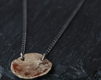 simple petal necklace