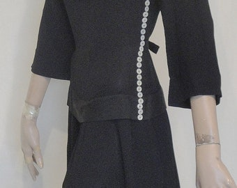 Fab Vintage Black Crepe Button Trimmed 40s Dress B36
