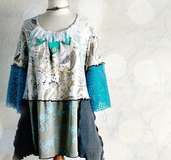 Plus Size Teal Tunic 1X Women's Clothing Beige Paisley Print Bell Sleeves Hippie Shirt Wearable Art Top Boho Chic Clothes 'FAUST'