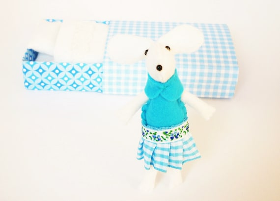 Felt mouse plush white blue miniature gingham in match box bed