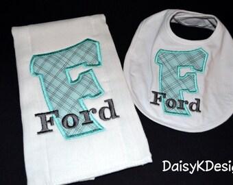 Personalized Bib & Burp Set - Your choose the fabrics - Boy or Girl