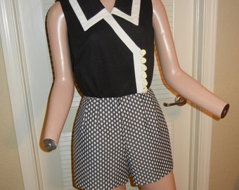 Amazing vintage 60s romper jumpsuit with polka dots and white buttons