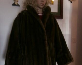 Winter Coat-Vintage Gloria Vanderbilt  Faux Fur by Tissavel  France Jacket Coat Size 10